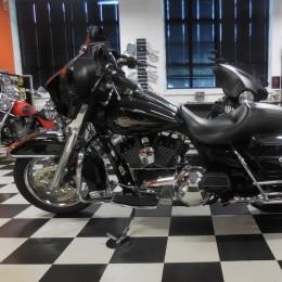 Harley-Davidson FLHTC 1584 -10 H.16800e myyty!!