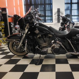 Harley-Davidson FLHTC 1584 -85 H.8400e myyty!!