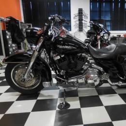 Harley-Davidson FLHRS 1450 -05 H.11800e myyty!!