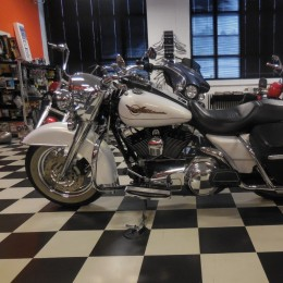 Harley-Davidson FLHRC 1584 -07 H.13400e