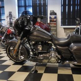 Harley-Davidson FLHX 1690 -14 H.23900e myyty!!