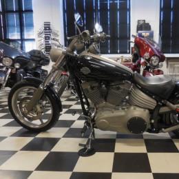 Harley-Davidson FXCW 1584 -08 H.13999e myyty!!