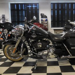 Harley-Davidson FLHRC 1584 -10 H.15400e myyty!!