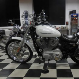 Harley-Davidson XL883C -06 H.5400e myyty!!