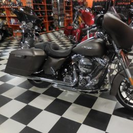 Harley-Davidson FLHX 1690 -14 H.22800e