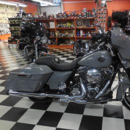 Harley-Davidson FLHXS 103 -16 H.24400e myyty!!