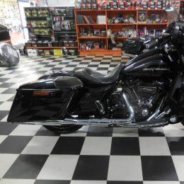 Harley-Davidson FLHXSE 114 -17 H.37900e myyty!!