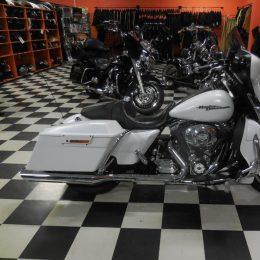 Harley-Davidson FLHX 103 -11 H.17800e myyty!!