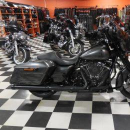 Harley-Davidson FLHX 107 -18 H.27800e
