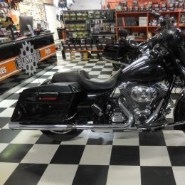 Harley-Davidson FLHX 103 -13 H. 17800e