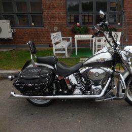 Harley-Davidson FLSTC 1450 -03 H.9800e myyty!!