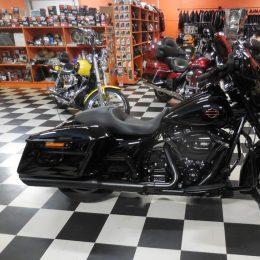 Harley-Davidson FLHXS 107 -17 H.26800E myyty!!