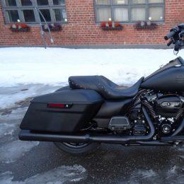 Harley-Davidson FLHR 107 -17 H.22450e myyty!!